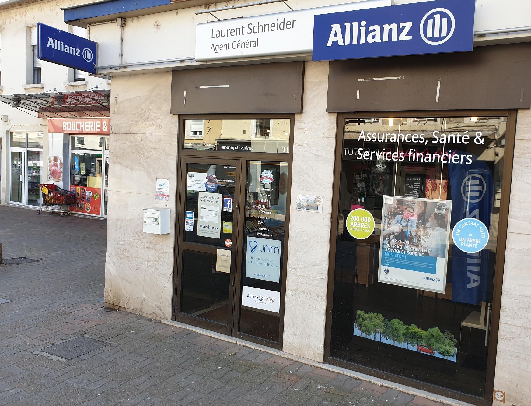 Laurent Schneider et son équipe